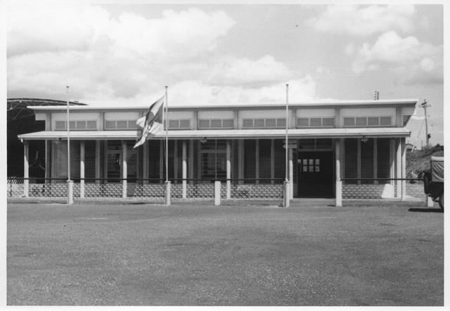 32_Nouméa-La Tontouta, aérogare, année 1960. ANC 1_Num_5-170_581200