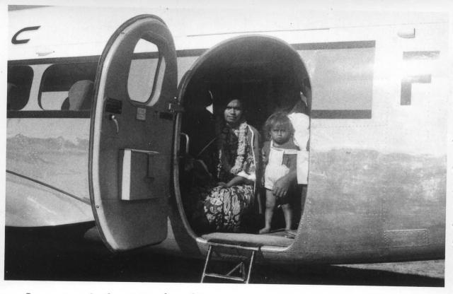 40_Lifou, débarquement des passagers. ANC 1_Num_5-052_610000